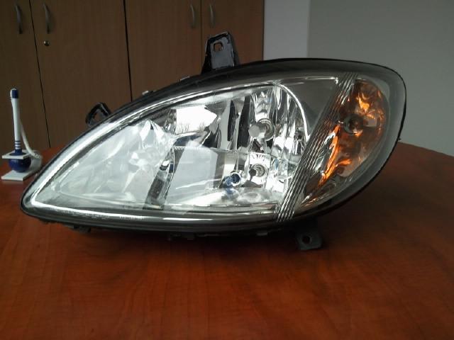 Lampa reflektor L. przedni Mercedes Vito